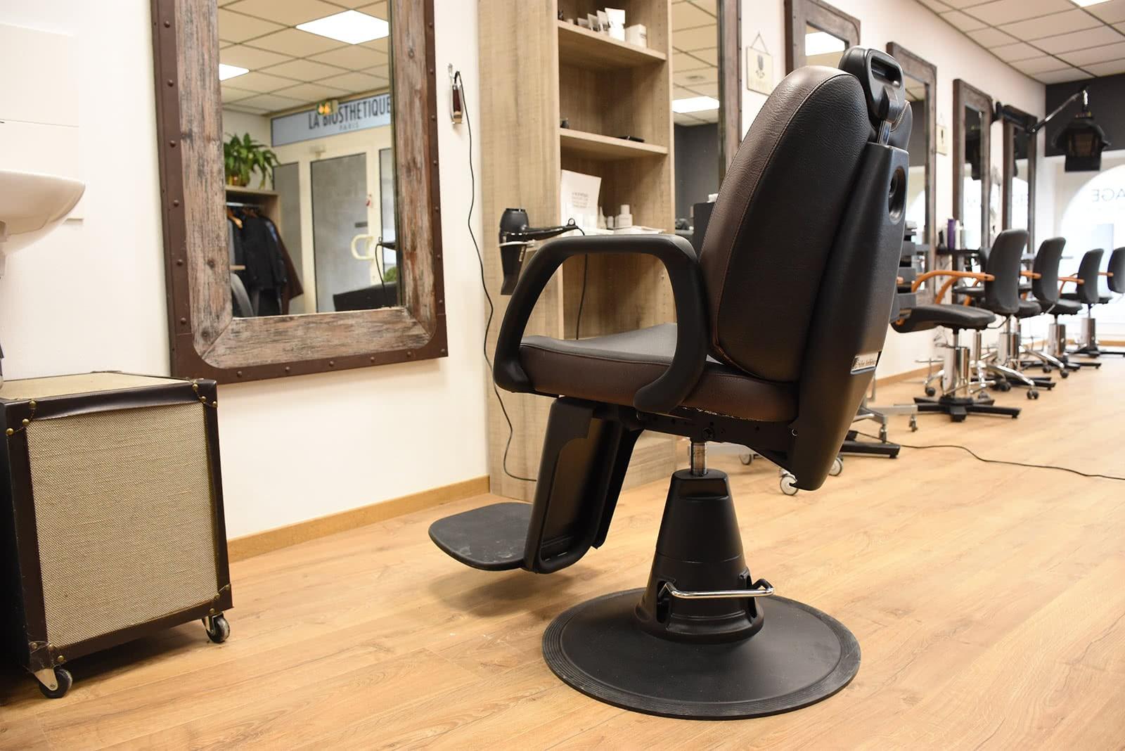 Un siège pour barbier